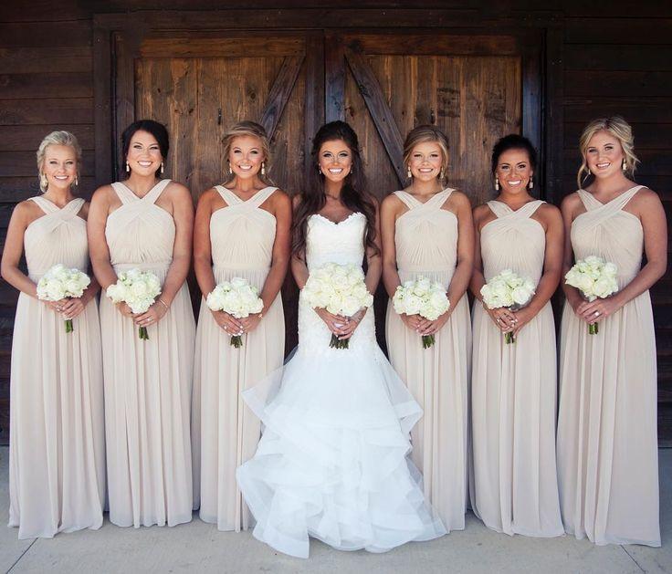 Beautiful Bridesmaid Outfit Ideas (13)
