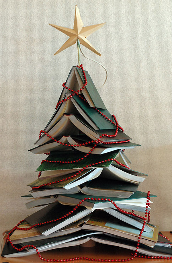 christmas tree with books - Unique Christmas Tree Decorations
