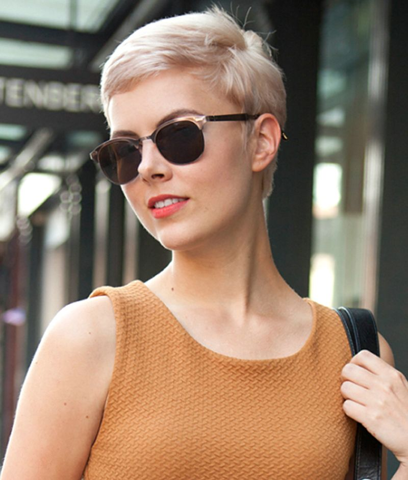 Elegant Short Hairstyles For Women