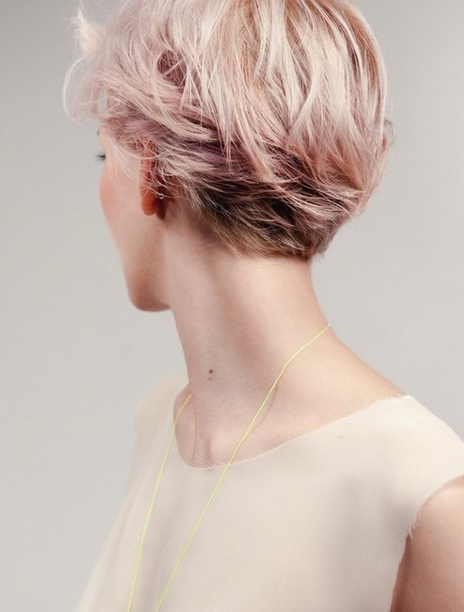 Elegant Short Hairstyles For Women (25)