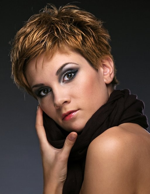 Elegant Short Hairstyles For Women (34)