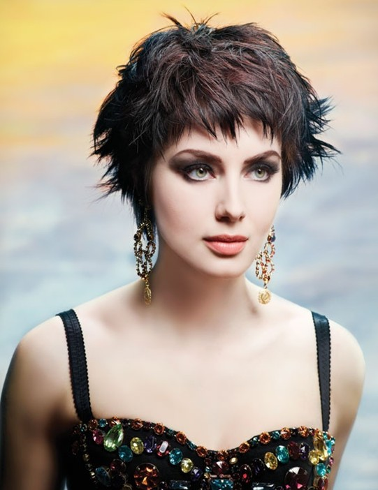 Elegant Short Hairstyles For Women (35)