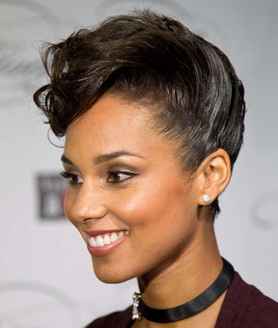 Elegant Short Hairstyles For Women (4)