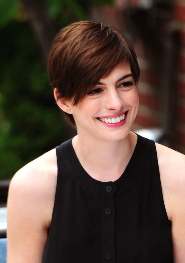 Elegant Short Hairstyles For Women (45)