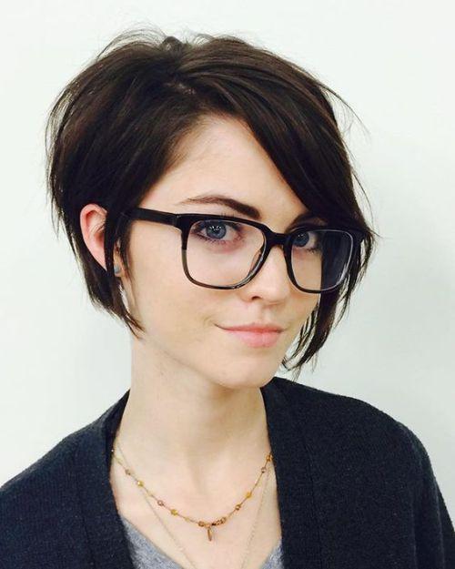 Elegant Short Hairstyles For Women (53)