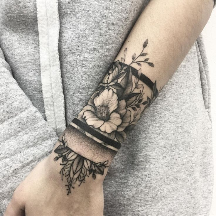 Wrist Tattoos Ideas For Men And Women (5)