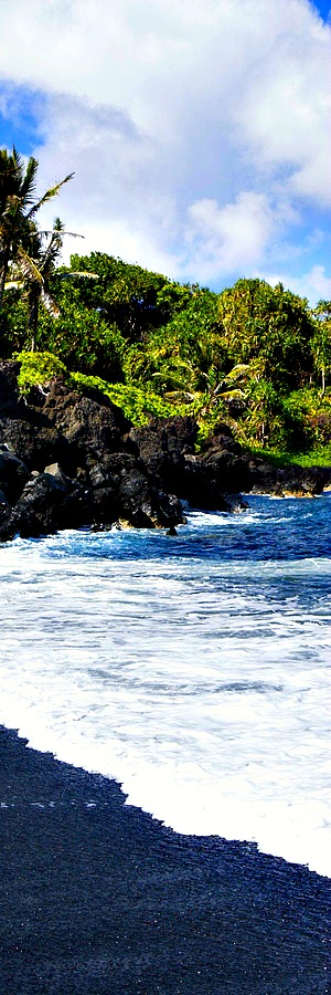 Honokalani Beach, Wai'anapanapa State Park, Maui, Hawaii