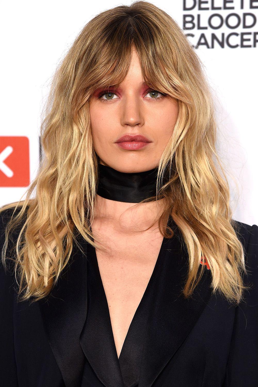 Medium Length Hairstyles Beautifulfeed (21)