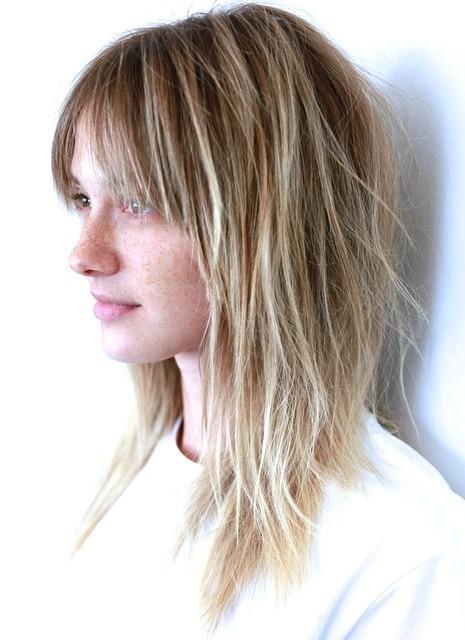 Medium Length Hairstyles Beautifulfeed (32)