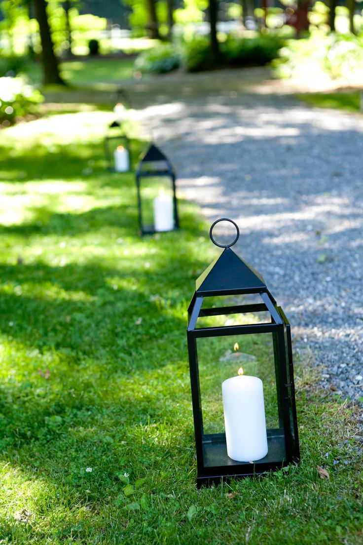 Outdoor Walkaway Lanterns