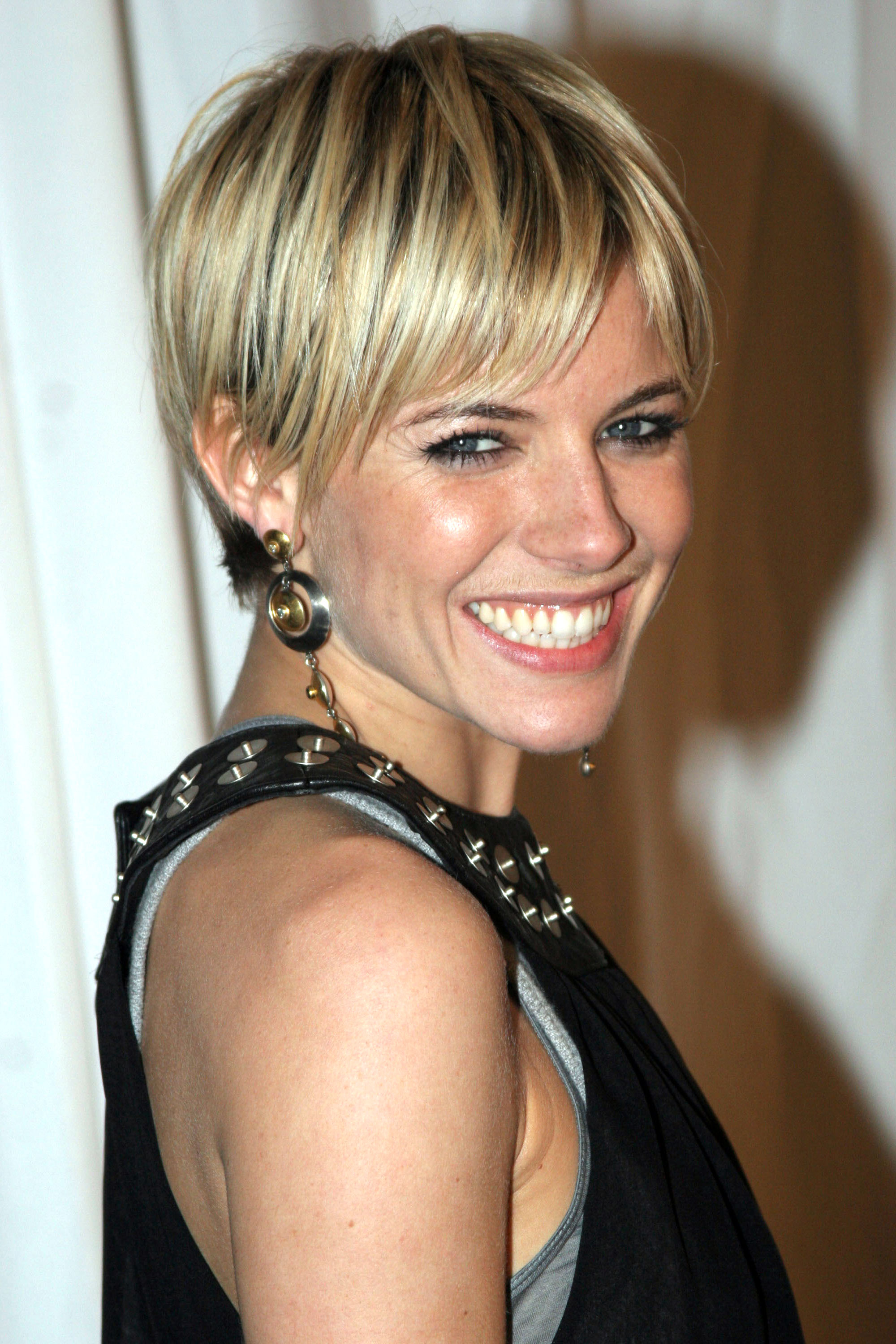 Short Cropped Blonde Hairstyles Find Your Perfect Hair Style