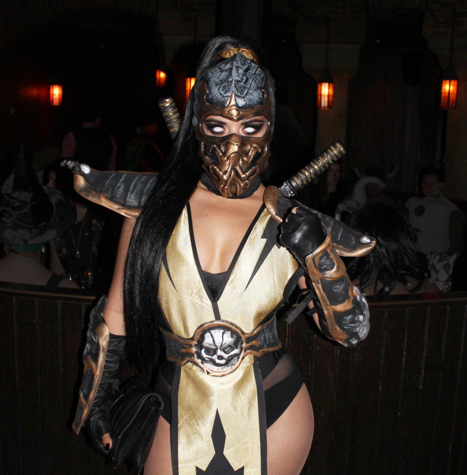 Halloween Costume (27)