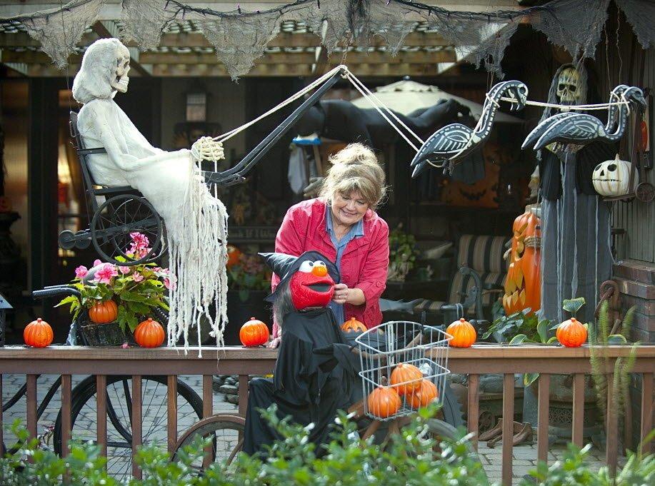 Halloween Front (15)