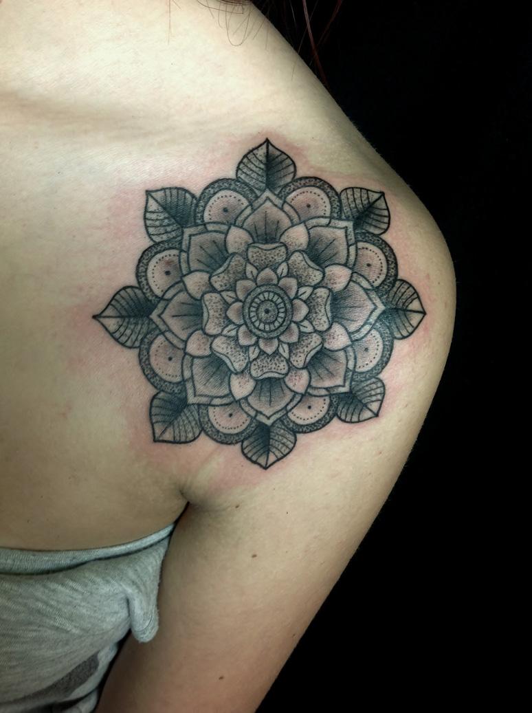 Mandala Tattoo (12)