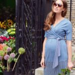 31 Stunning Maternity Outfits To Flaunt The Baby Bump