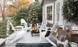 35 Outdoor Christmas Decorations For This Year