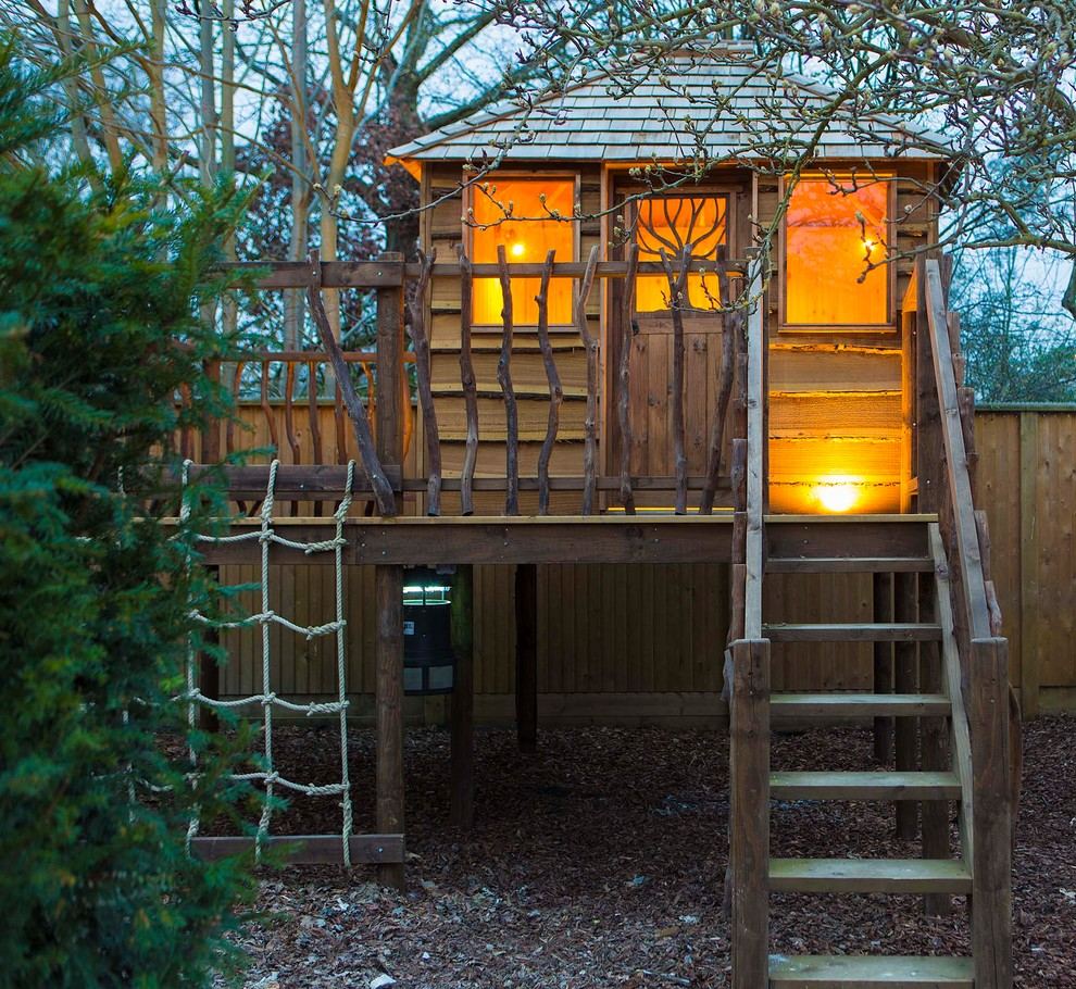 Outdoor Wooden Playhouse (1)