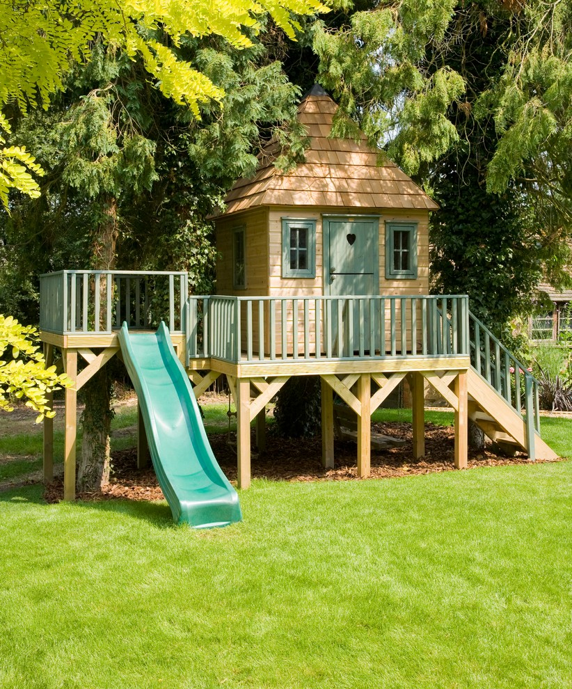 Outdoor Wooden Playhouse (2)