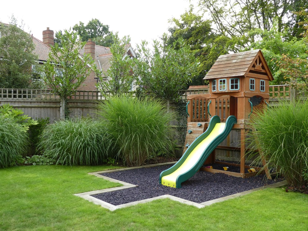 Outdoor Wooden Playhouse (5)