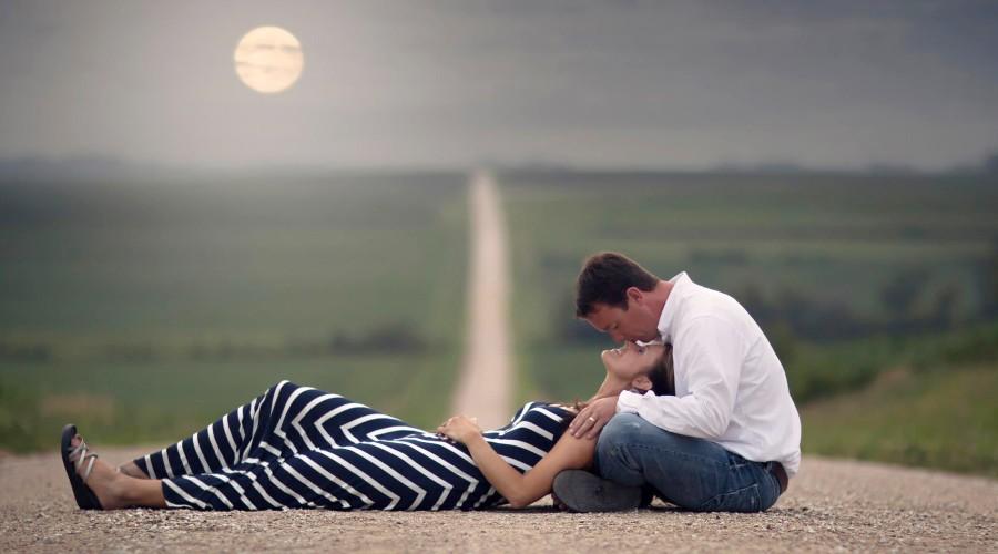 Romantic Couple (26)