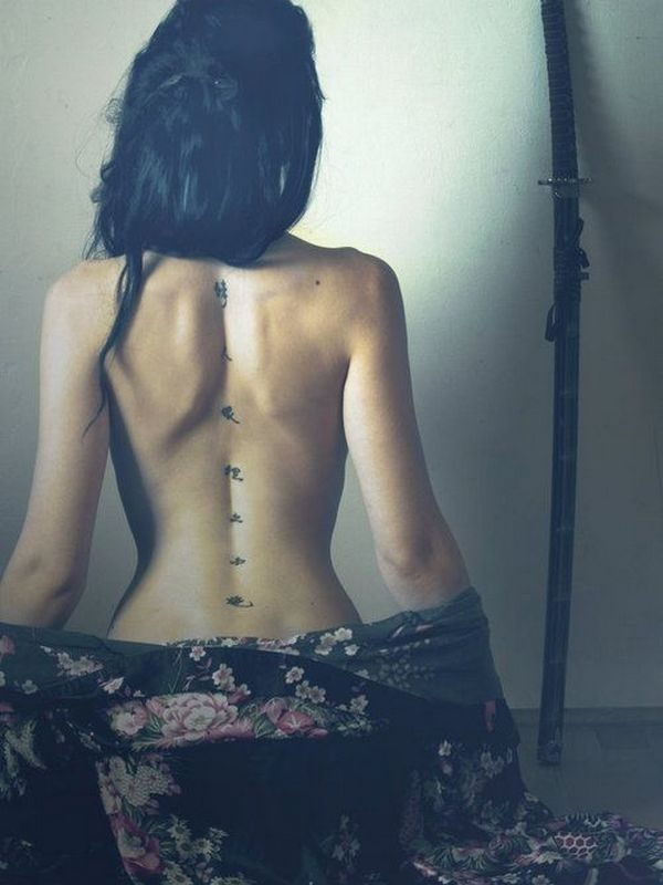 Spine Tattoo Ideas (9)
