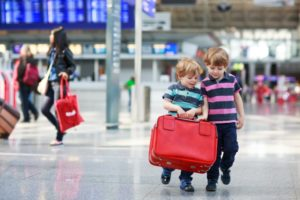 6 Amazing Traveling Tips for Traveling with Kids