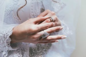 Can a Modern Wedding Ring be Mixed With a Vintage Engagement Ring?