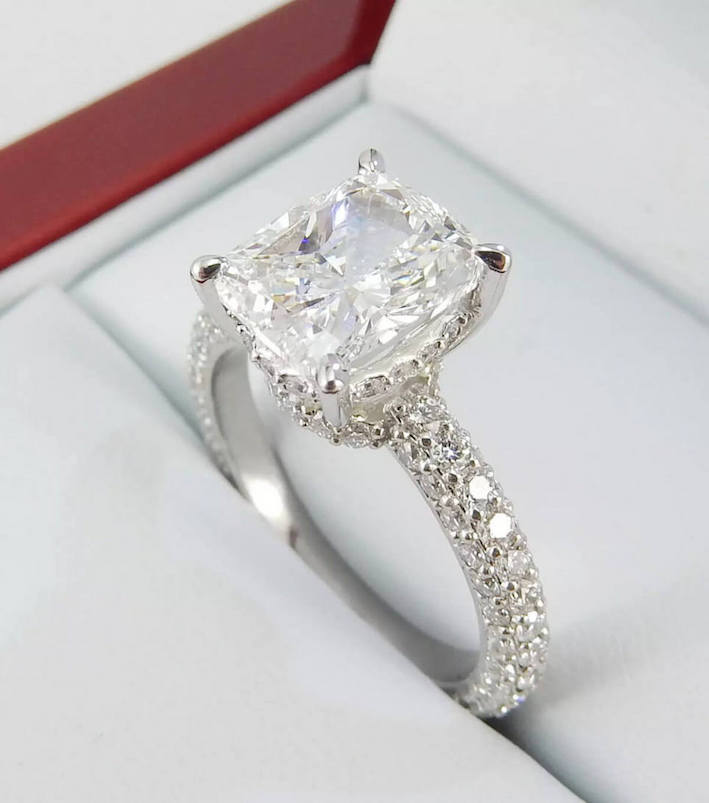 Buy a Diamond Engagement Ring